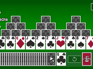 Cardmania Pyramid Solitaire Cards Flash Game
