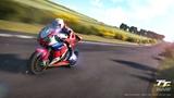 TT Isle of Man titul vás posadí na motorky