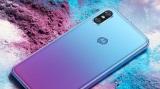 Motorola predstavila Moto P30 mobil, okopírovala v ňom Huawei P20 a iPhone X