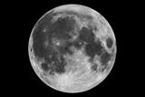 Vesmír: Tri súkromné spoločnosti plánujú let na Mesiac v roku 2021