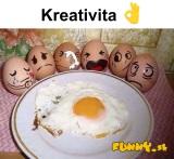 Vajíčka v rukách kreatívneho človeka